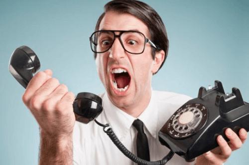 perselisihan di telepon
