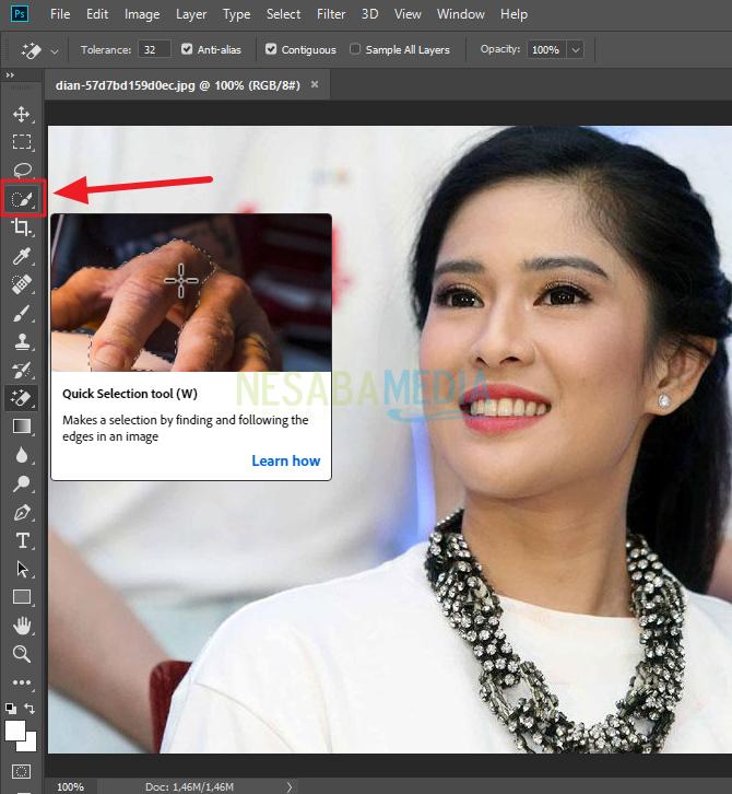 cara crop foto di photoshop untuk pemula