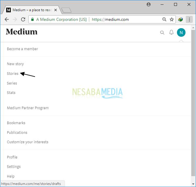 klik ikon profil Anda > Stories