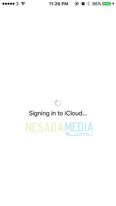 proses masuk ke iCloud