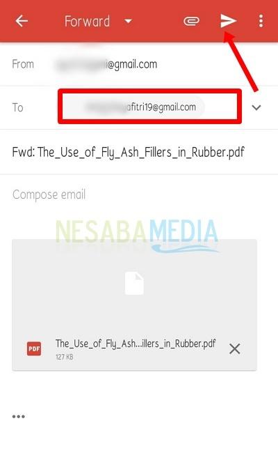 Kirim email forward dengan aplikasi Gmail.