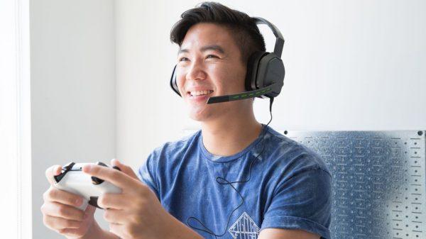 cara merawat headset agar awet - jangan menggunakan volume maksimal