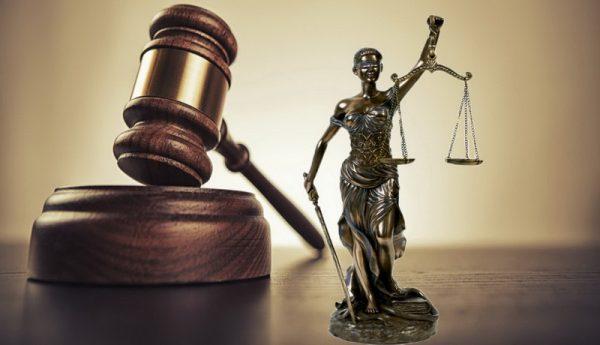 Pengertian Hukum Menurut Para Ahli