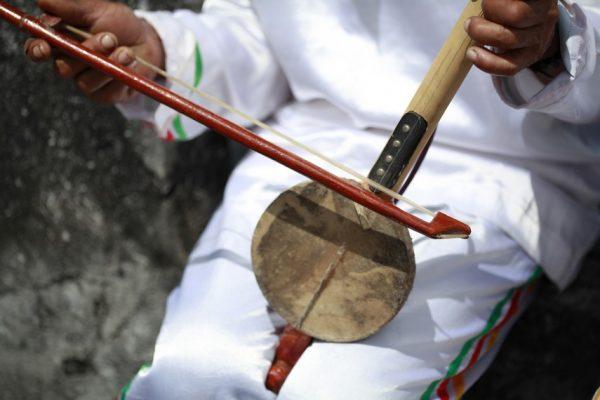 Alat Musik Maluku Arababu