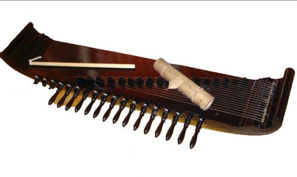 Alat Musik Tradisional Kecapi