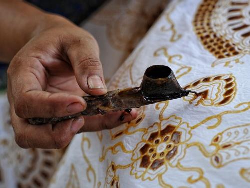 Contoh Teks Eksplanasi tentang Budaya Batik