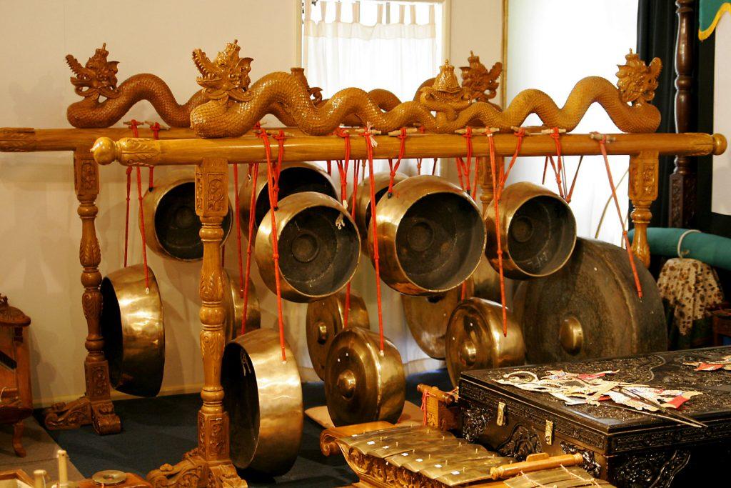 Gong dan Kempul
