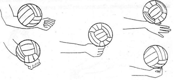 Teknik Permainan Bola Voli : passing satu tangan