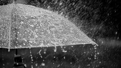 teks eksplanasi tentang hujan