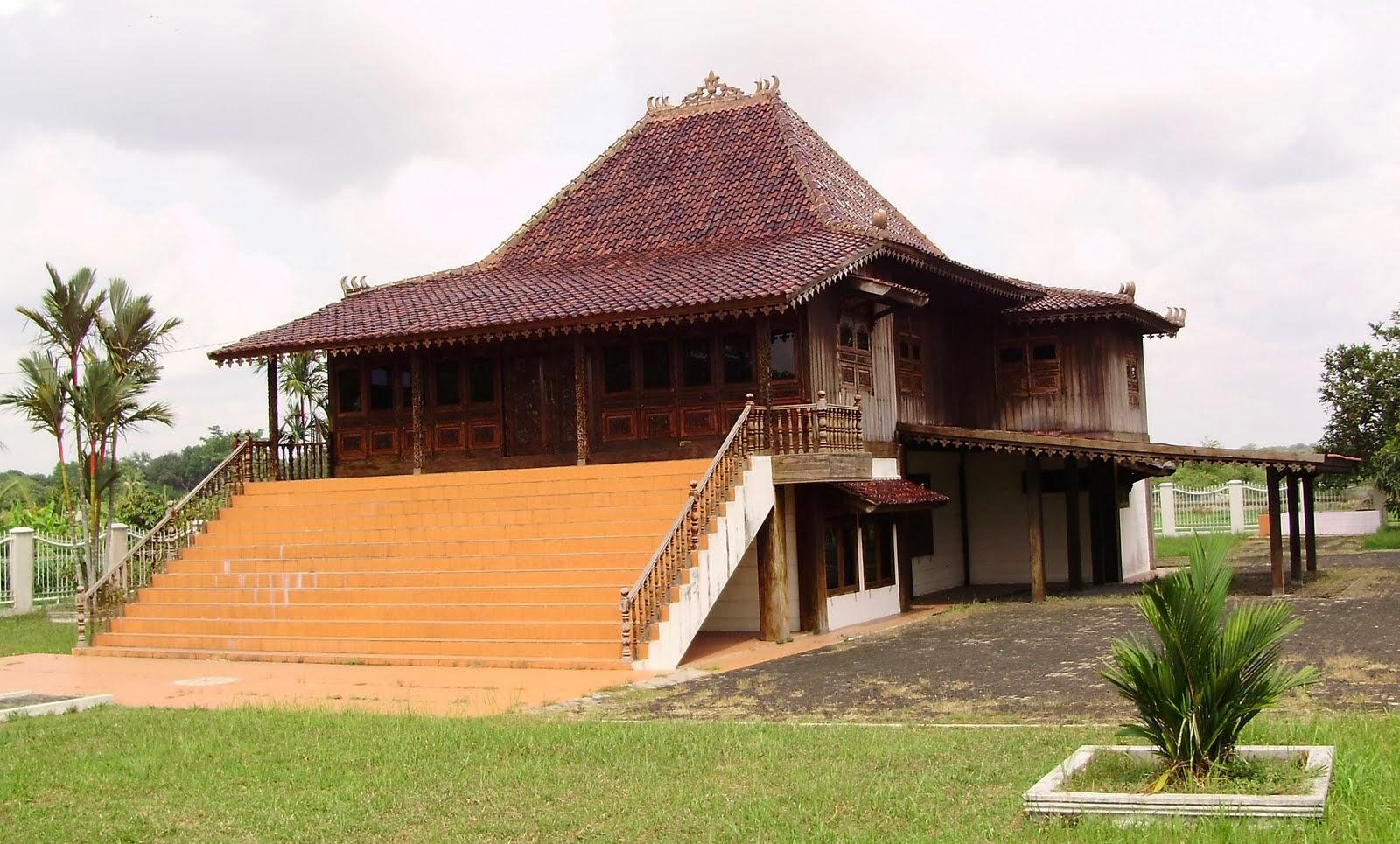 Rumah Adat Palembang Limas