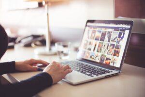 Dampak Positif dan Negatif Internet
