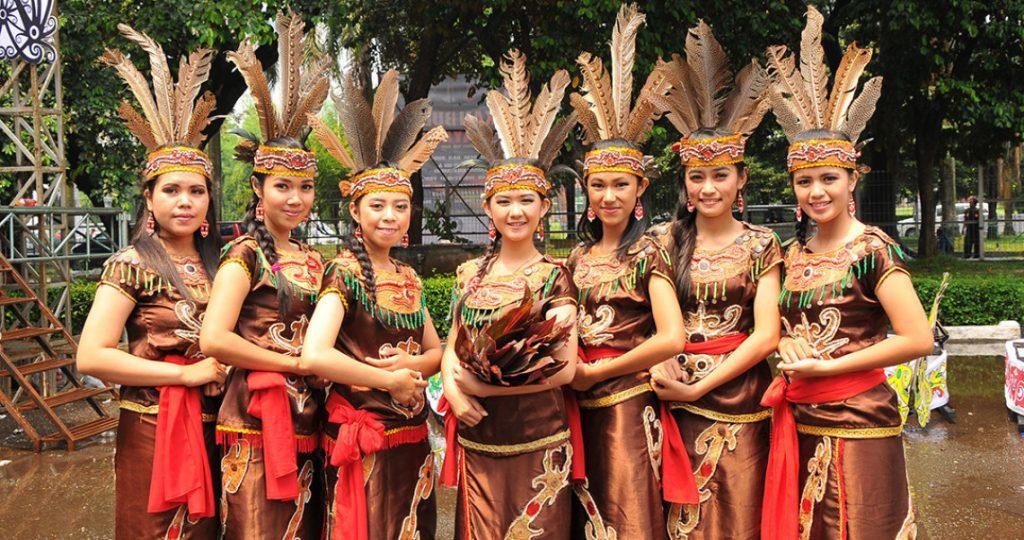 Suku di Indonesia dan Kawasannya