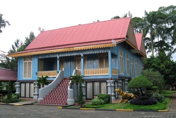 Rumah Adat Riau dan Keunikannya