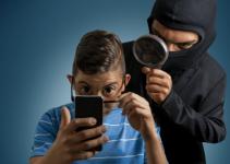 Cara Mengidentifikasi dan Membersihkan Spyware di HP