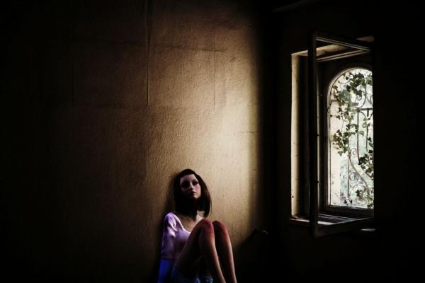 Ciri-Ciri Orang Depresi dan Cara Mengatasinya