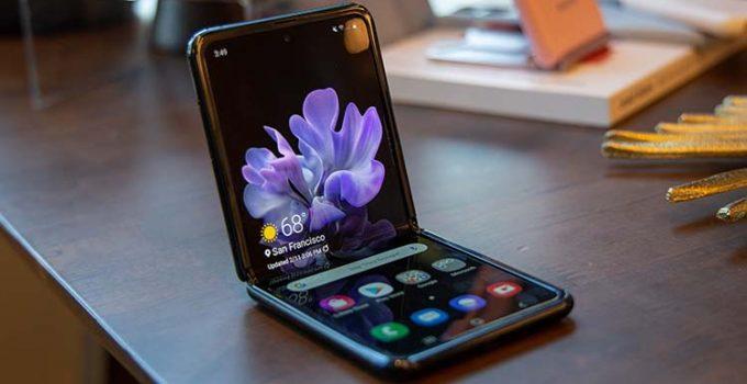 Desain Samsung Galaxy Z Flip 5G
