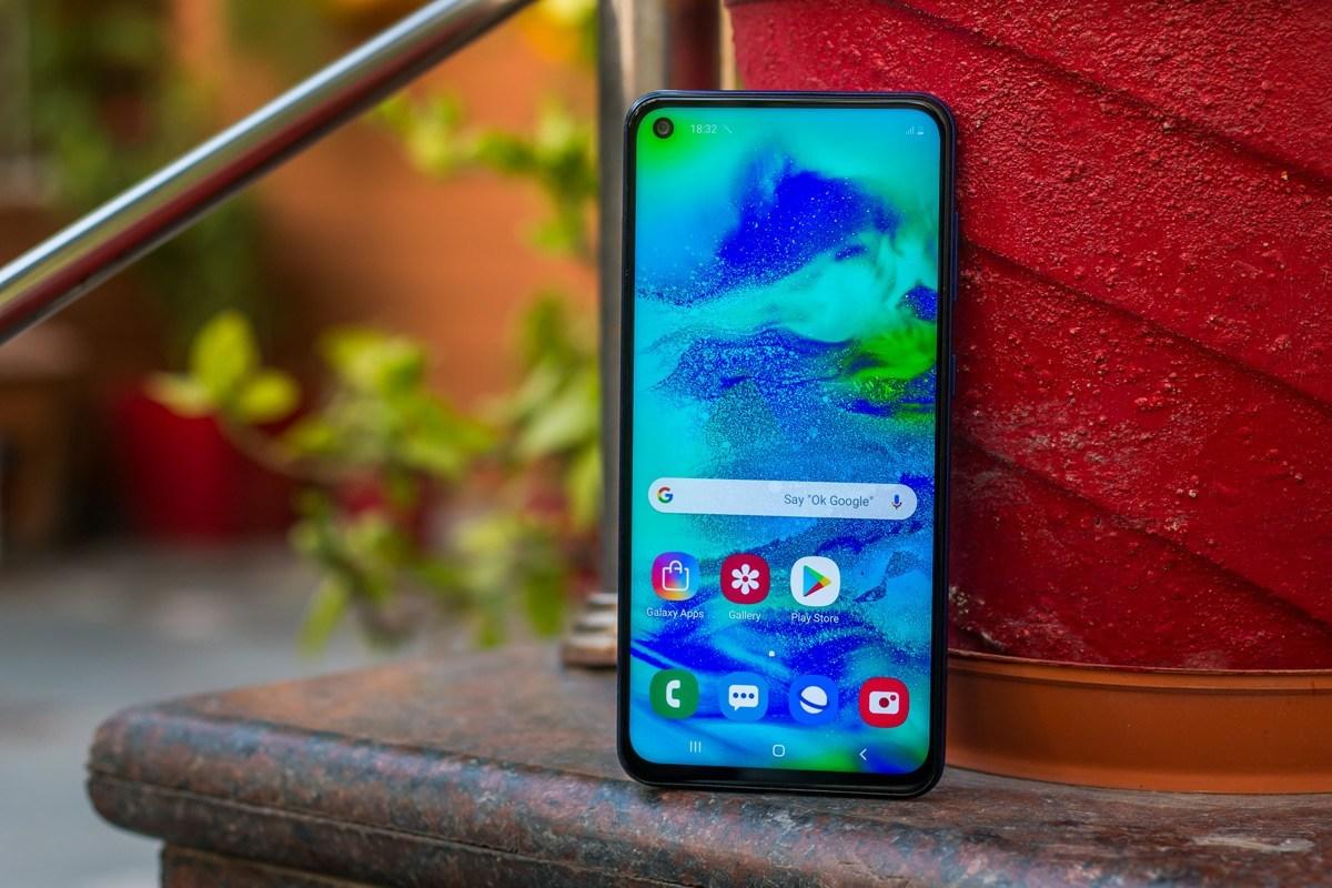 10+ Rekomendasi HP Samsung 3 Jutaan Terbaik (September 2020)