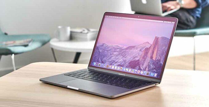 Apple MacBook Pro 13 Inci