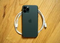kabel dan charger baru iphone apple lebih ramah lingkungan